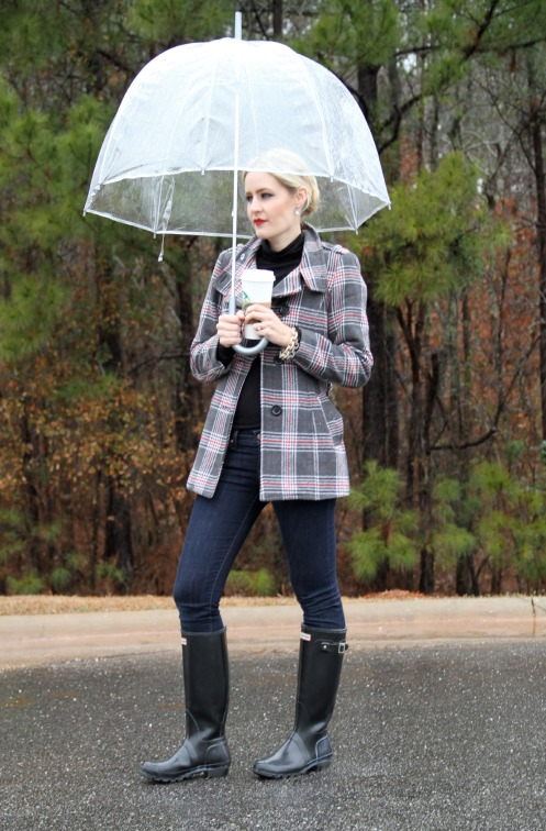 Plaid coat and Hunter boots on calicrest.com