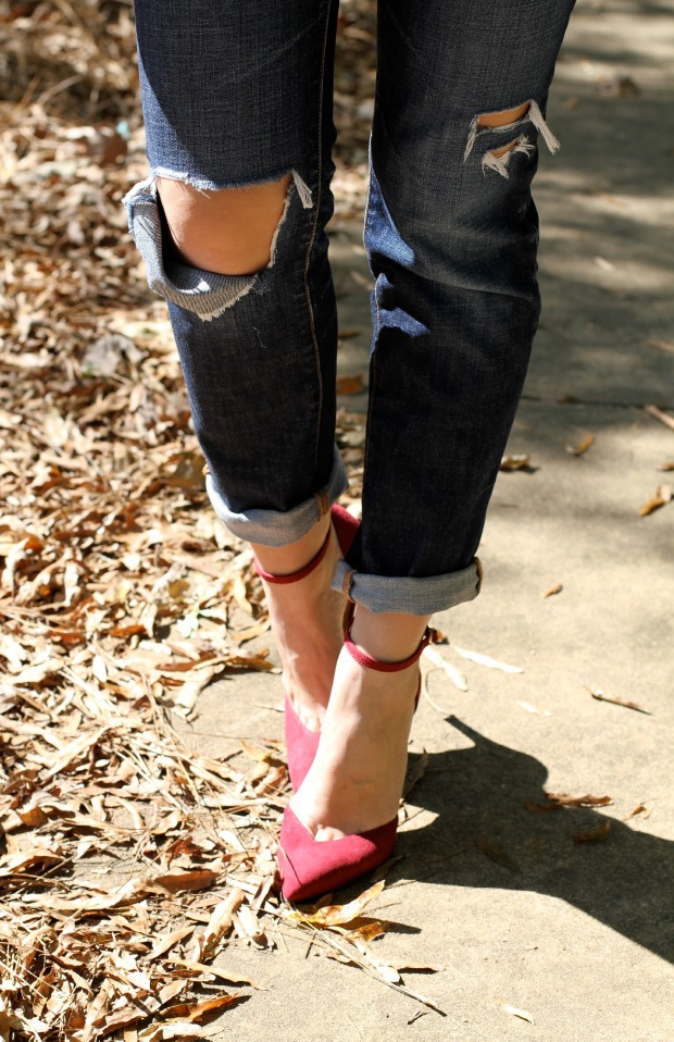 Jessica Simpson Heels and Boyfriend Jeans on CaliCrest.com